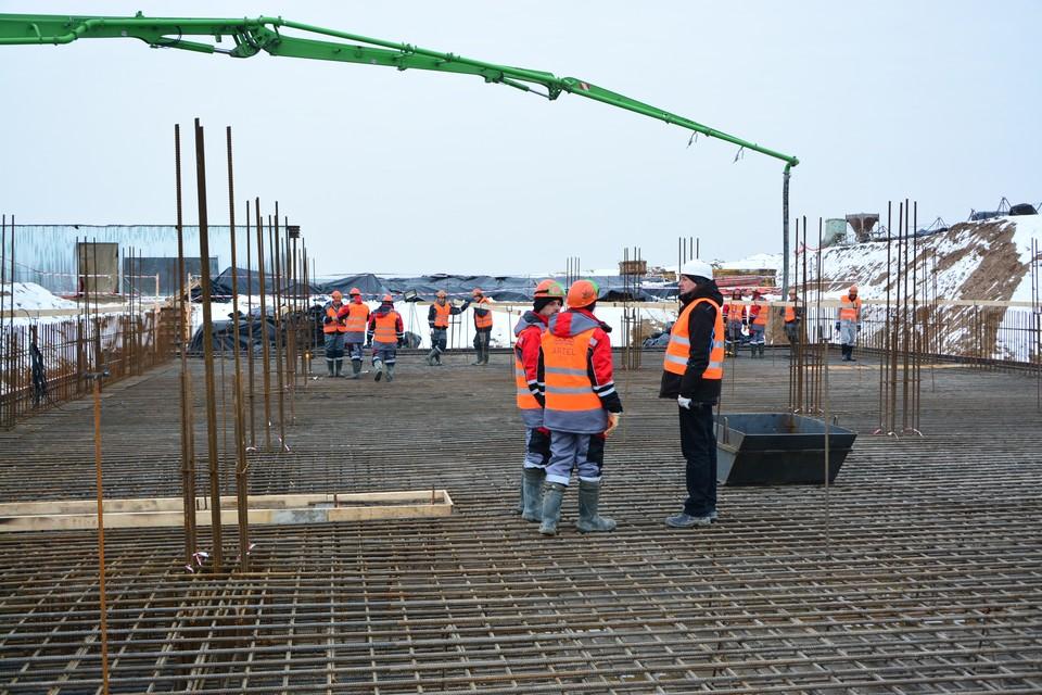 Онкоцентр в Родниках строят не первый год.