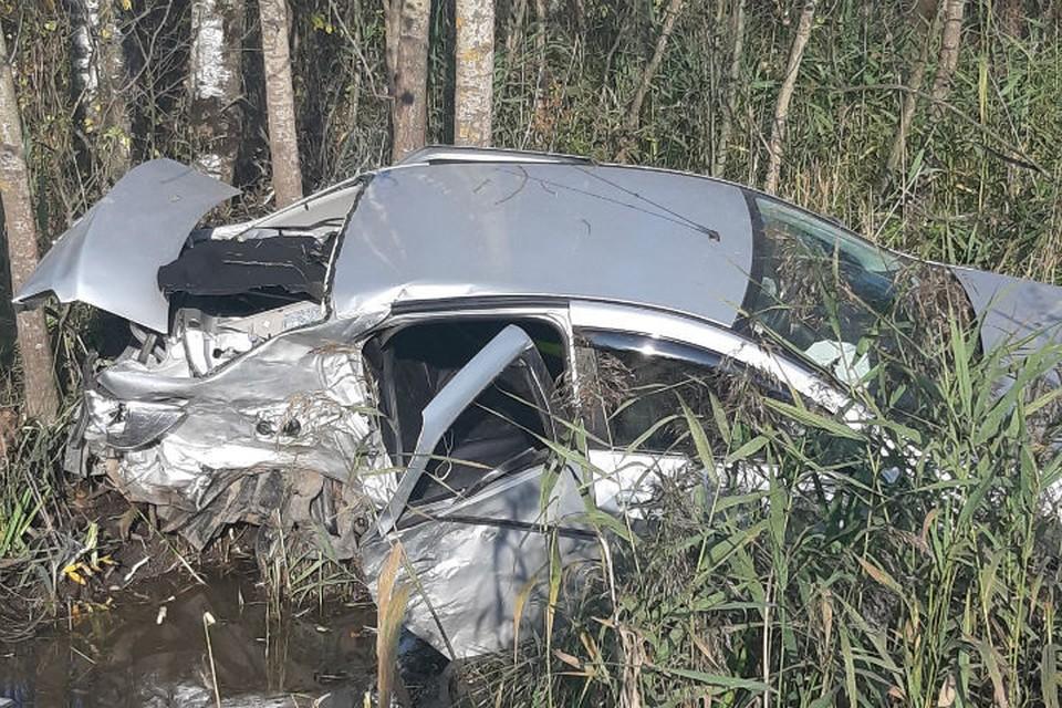 """В результате аварии один человек погиб, пятеро пострадали. ФОТО: группа """"Подслушано в Ярославле"""" во ВКонтакте"""