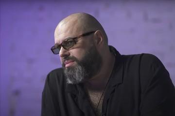 Отрицает ТВ и считает русских рэперов животными: главное из интервью Максима Фадеева
