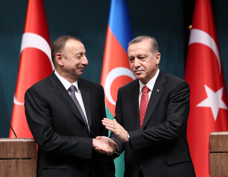 Реджеп Эрдоган заявил Ильхаму Алиеву о полной поддержке со стороны Анкары по вопросу Карабаха