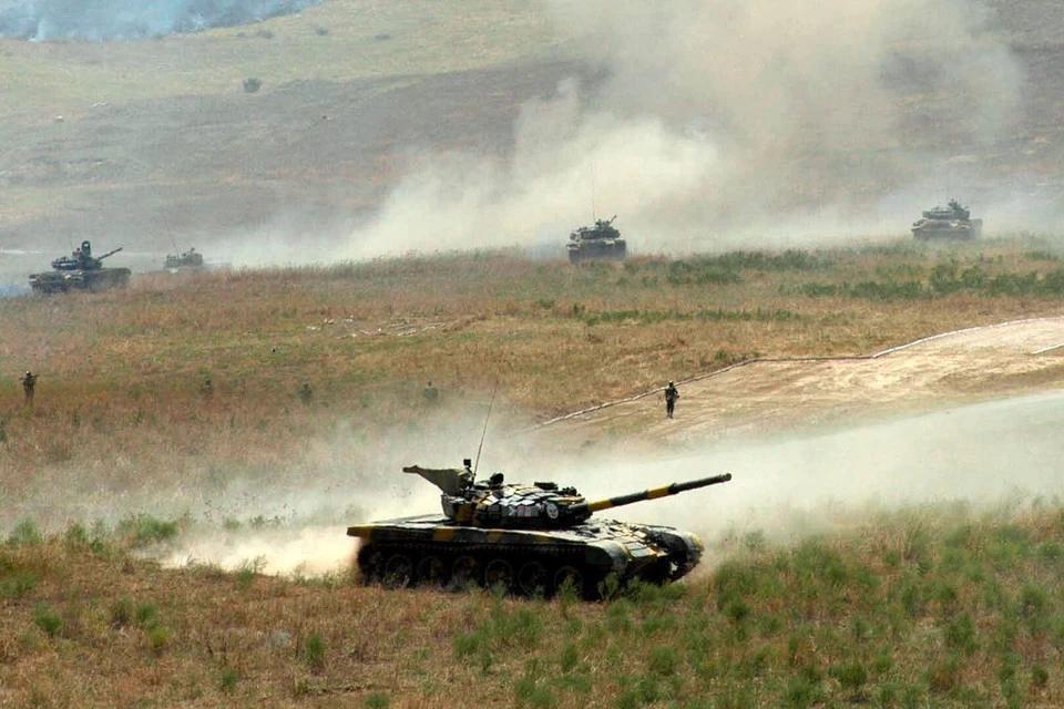 Армия обороны непризнанной республики Нагорный Карабах сбила азербайджанский самолет Ан-2 в районе города Мартуни