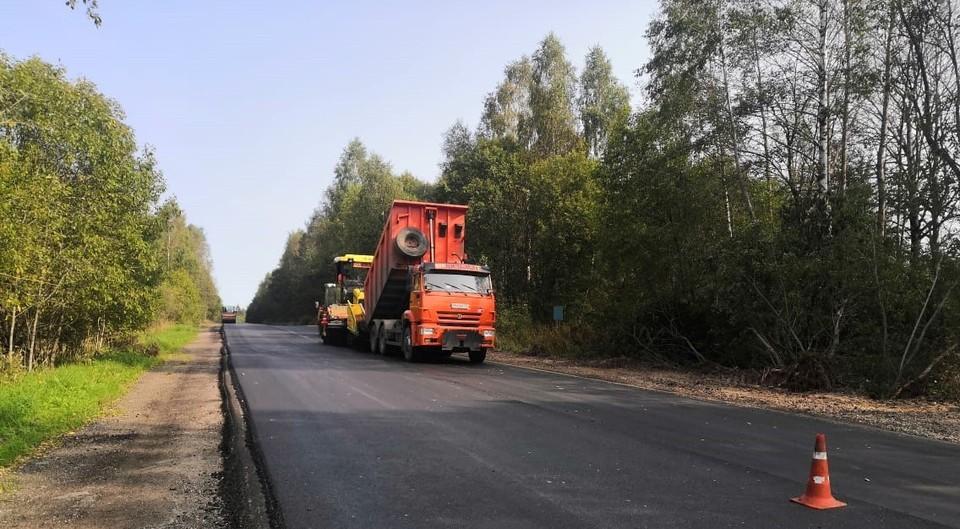 """Участок дороги Смоленск-Вязьма отремонтировали. Фото: паблик """"Дороги Смоленской области"""" ВКонтакте."""