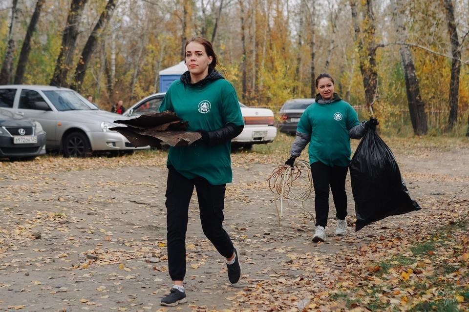 Участникам удалось собрать 1,5 тонны бытовых отходов. Фото: admkrsk.ru
