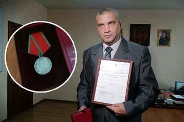 Героя-разведчика искали 10 лет, чтобы вручить ему медаль