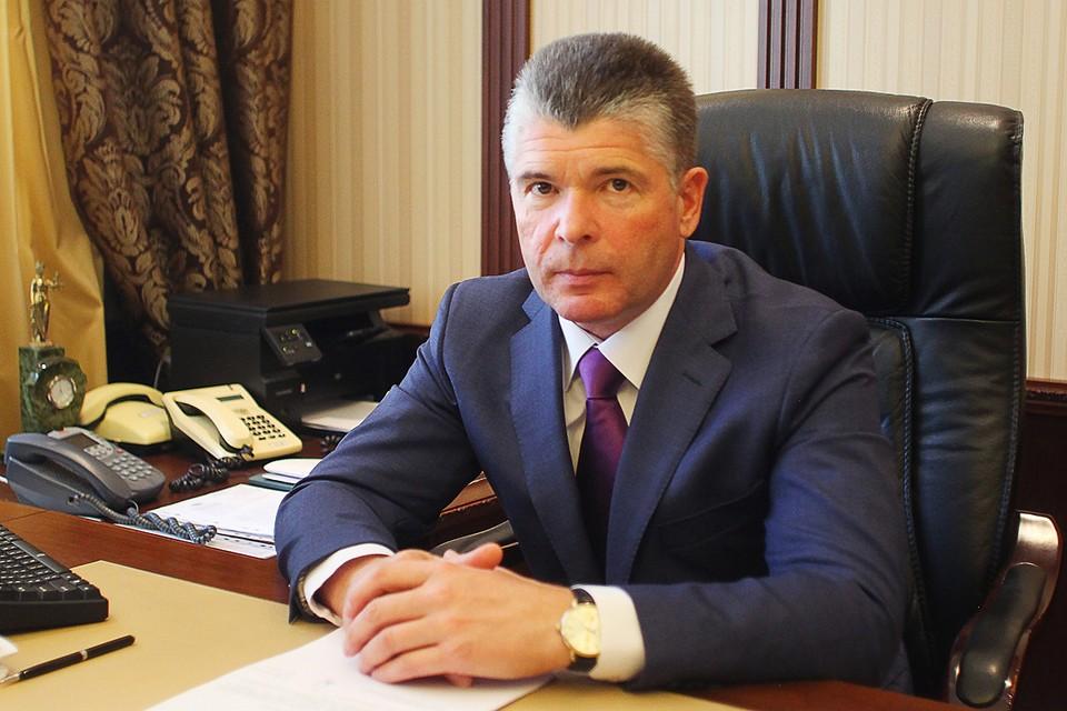 56-летний уроженец Москвы Михаил Птицын, чья кандидатура на этот пост оказалась единственной, вступит в должность 24 октября