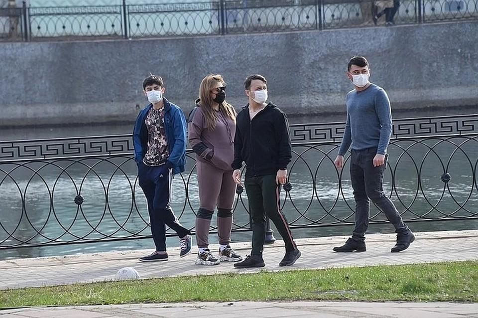 В Минздраве напомнили, что юбая маска лучше, чем ее отсутствие