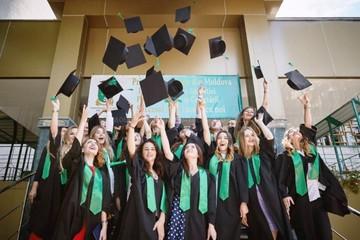 Мои университеты: Когда молдавские дипломы о высшем образовании будут признаваться Румынией, как свои