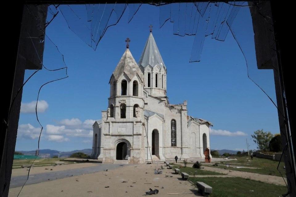 Стороны карабахского конфликта обвинили друг друга в нарушении режима прекращения огня