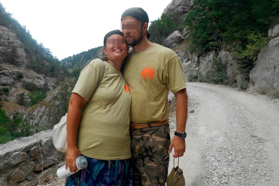 Пара регулярно публиковала совместные фото семейных прогулок.