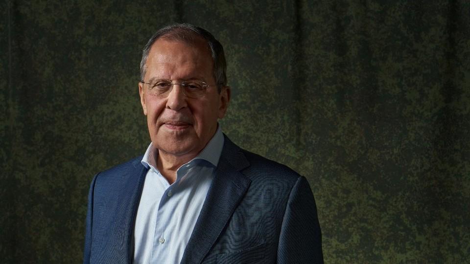 Лавров рассчитывает, что контакты России с Ереваном и Баку, в том числе по линии военных, позволят обеспечить прекращение огня в Карабахе