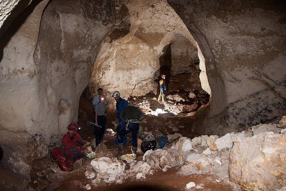 Высота сводов в пещере до 14 метров. Фото: Российский союз спелеологов