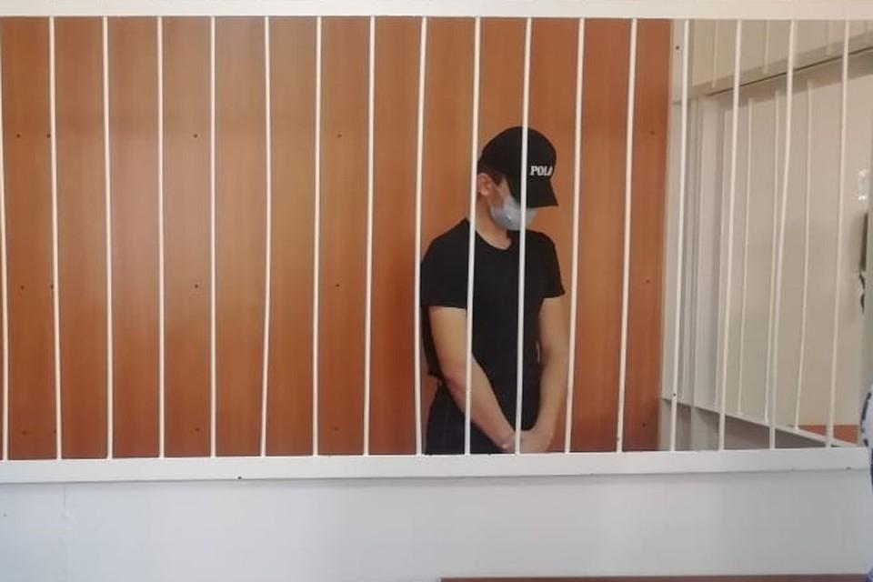 Полицейского арестовали до 13 декабря.