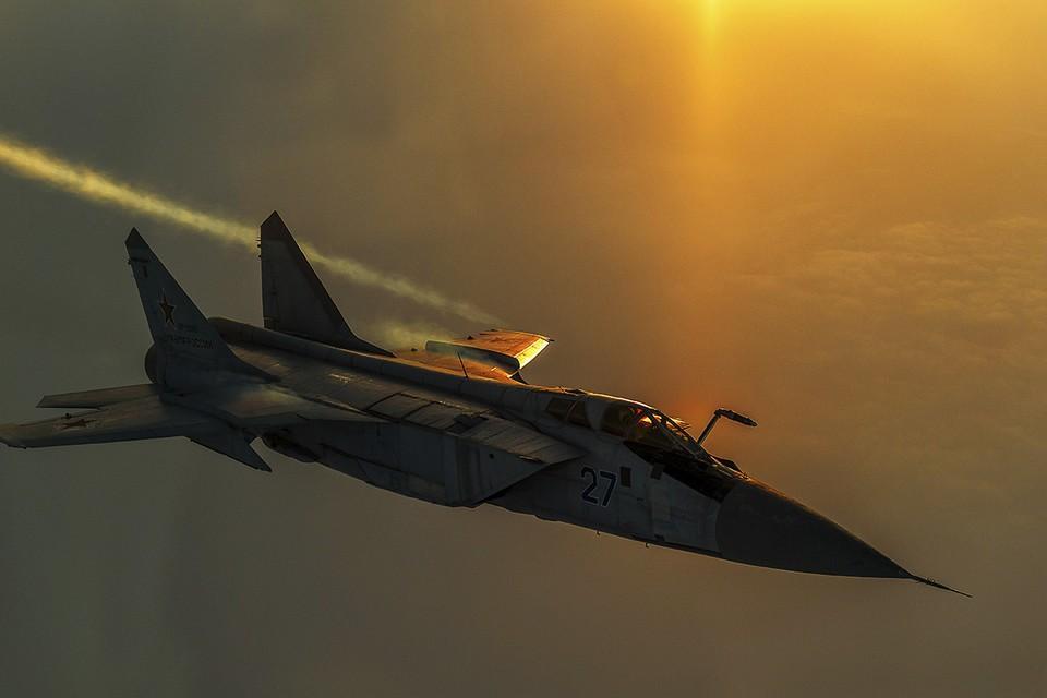 Российские ракетоносцы выполнили плановый полет