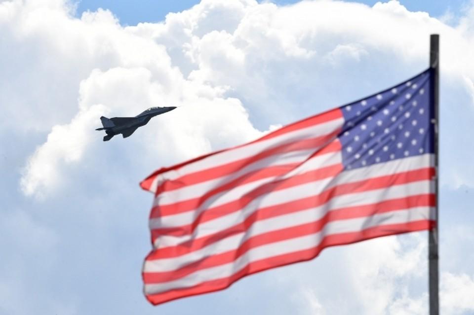 Спецслужбы США несколько часов допрашивали в аэропорту Нью-Йорка российского журналиста