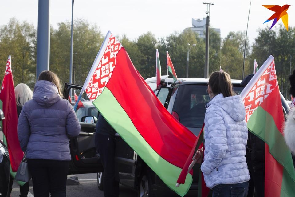 "В Минске стартовал автопробег ""За единую Беларусь"". Фото: Екатерина Толочко"