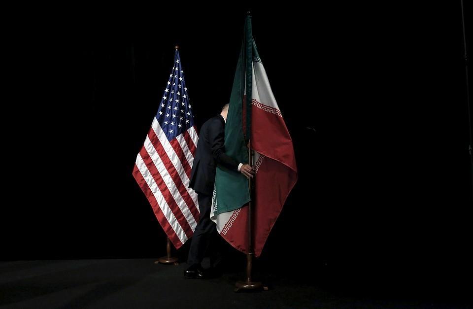 США пригрозили санкциями всем причастным к поставкам оружия Ирану
