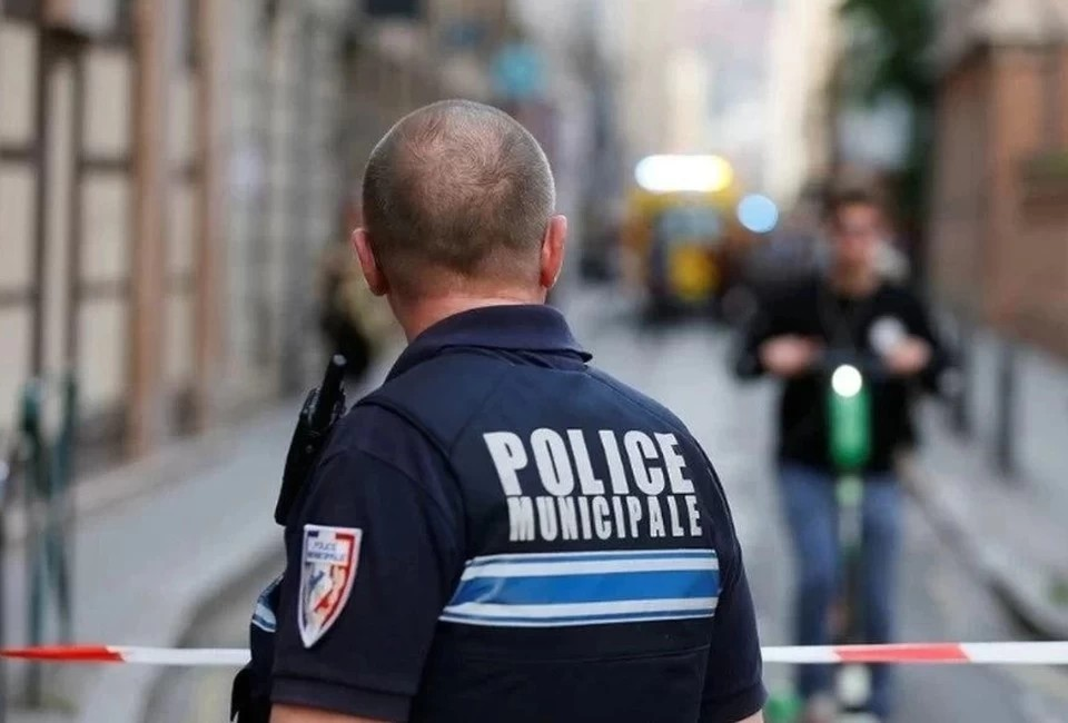Во Франции требуют закрыть мечеть за критику убитого учителя