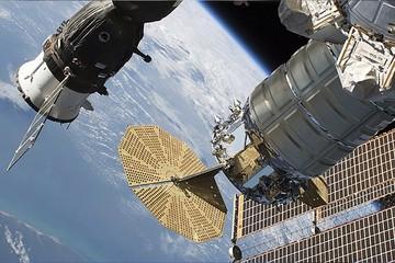 Церемония смены командования экспедициями МКС: прямая трансляция