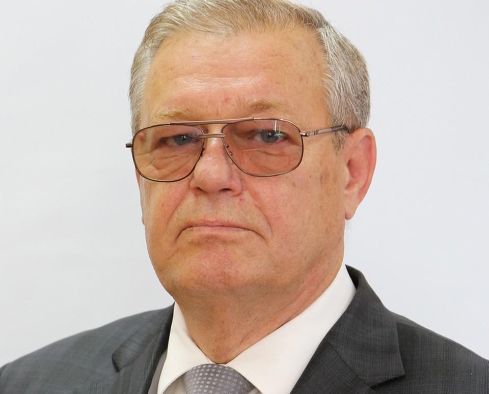 Владимир Борисович родился 1 января 1948 года в Кишиневе