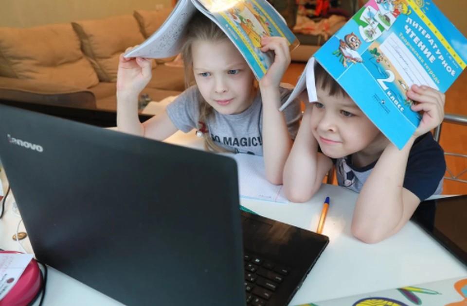 Саратовским школьникам продлили каникулы из-за коронавируса