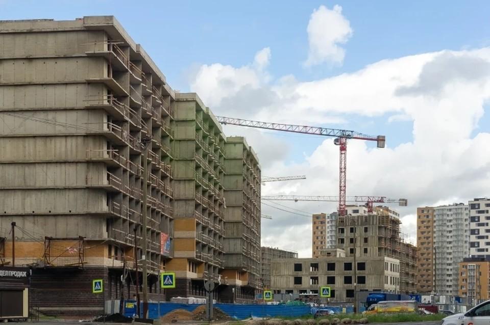 """32 млн """"квадратов"""" жилья введут в эксплуатацию в Санкт-Петербурге до начала 2030 года."""