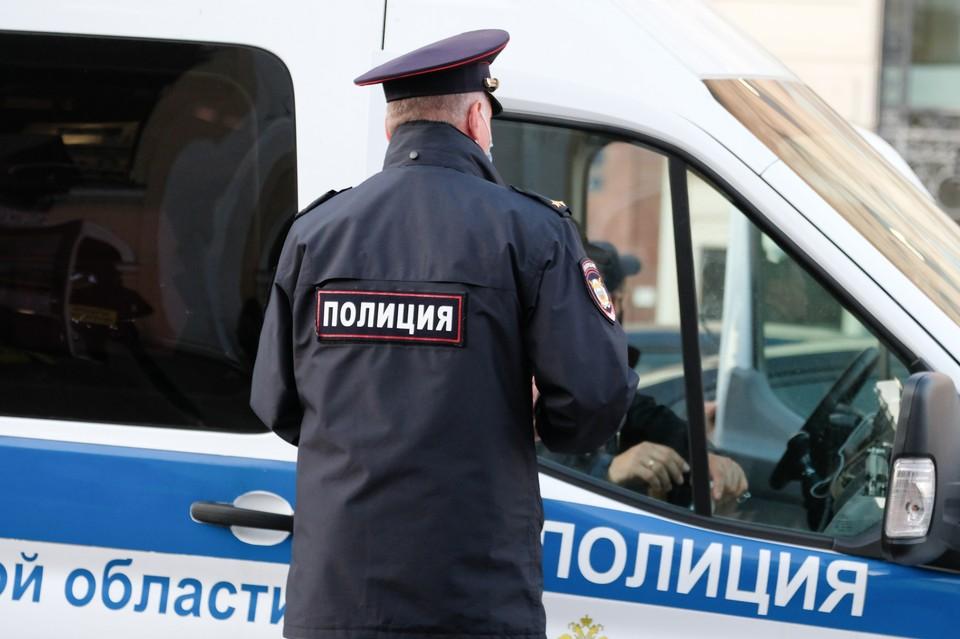 В Красносельском районе Петербурга полиция проверила более 3 тысяч квартир.