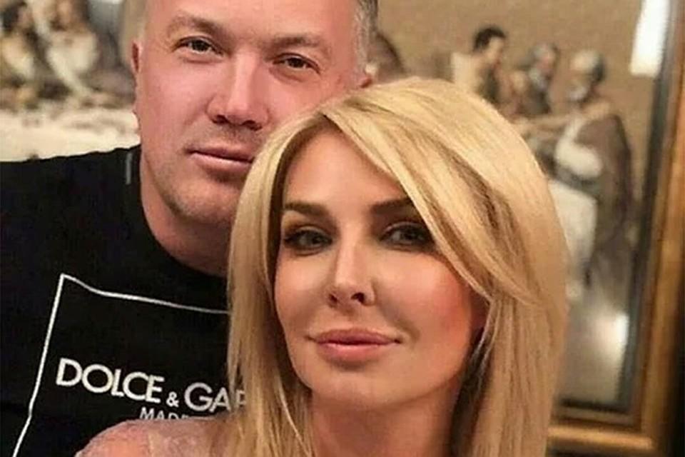 Татьяна Овсиенко с гражданским мужем Александром Меркуловым. Фото: Инстаграм.