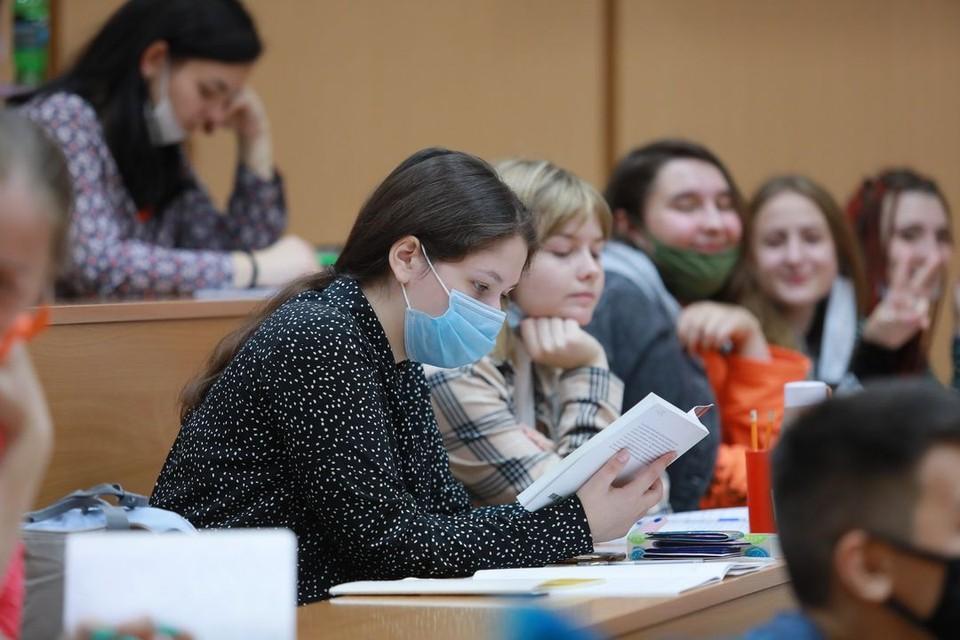 В Новосибирске еще один вуз перевел студентов на дистанционку.