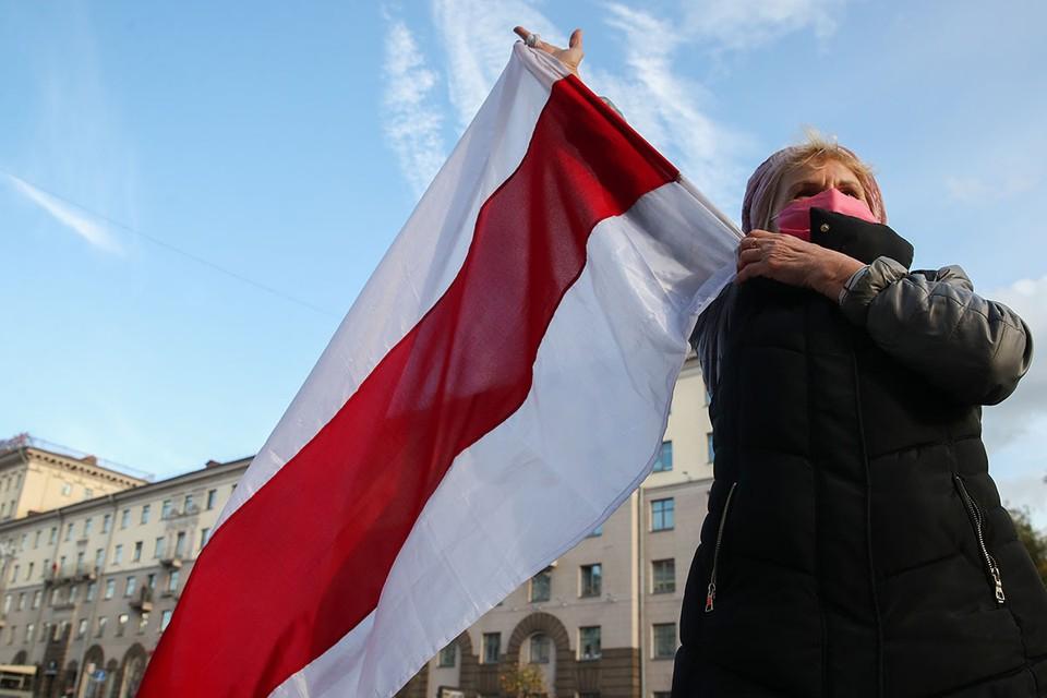 К полудню в Минске началось непонятное брожение. Фото: Наталия Федосенко/ТАСС