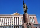 Вице-губернатор упрекнул курских чиновников за групповые встречи