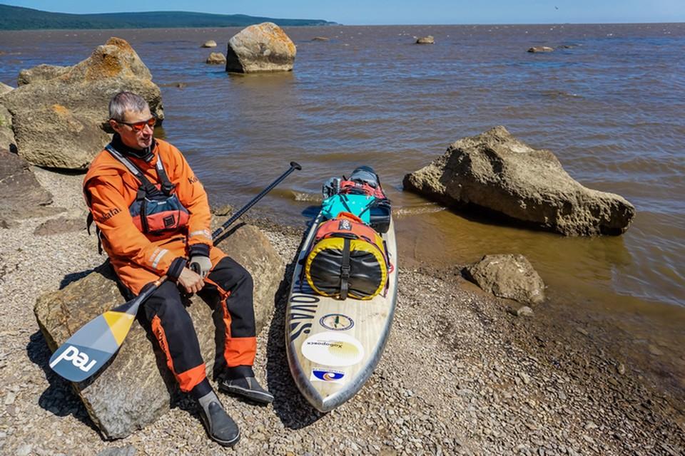 Дальневосточный путешественник Максим Харченко совершил новое пятисоткилометровое путешествие на SUP-борде по Хабаровскому краю