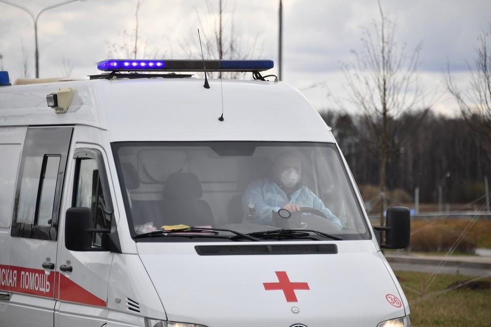В Екатеринбурге скорая сбила пешехода, торопясь доставить беременную в больницу