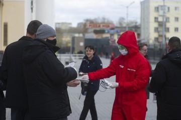 «У нас ввели прообраз комендантского часа»: врач об эффективности новых ограничений в Свердловской области