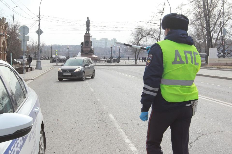 """Подросток на """"Porsche"""" протаранил две машины МВД в Ингушетии"""