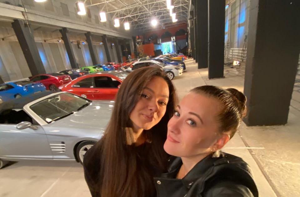 """Наталья и ее подруга Анна на испытании """"Багажник"""". Фото: Наталья Салова"""