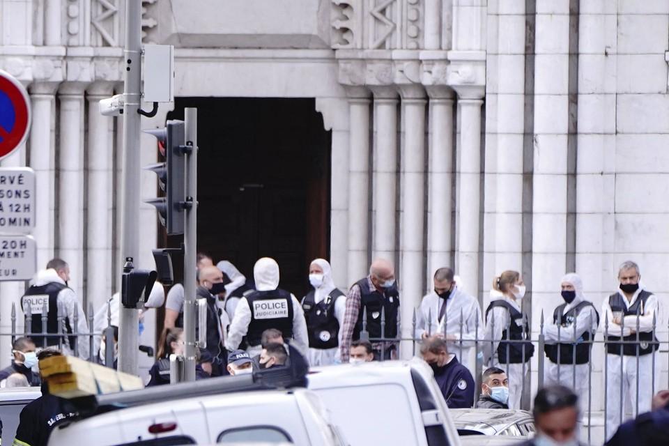 Митрополит Иларион заявил, что на планете живет более миллиарда человек, которые исповедуют ислам и они не должны нести ответственность за поступки террористов.