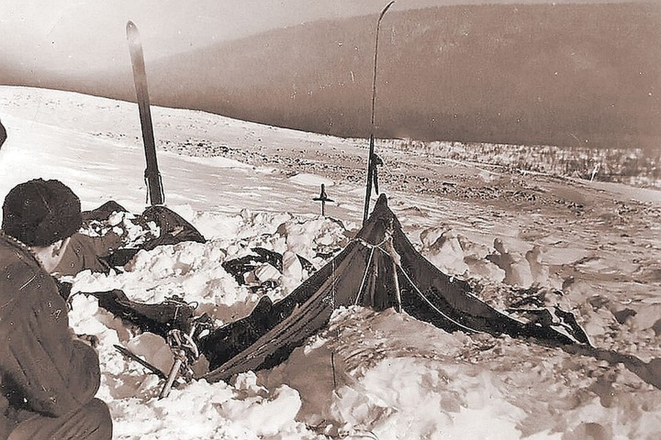 До сих пор не разгадано, почему туристы из группы Дятлова убежали на лютый мороз и на свою погибель.