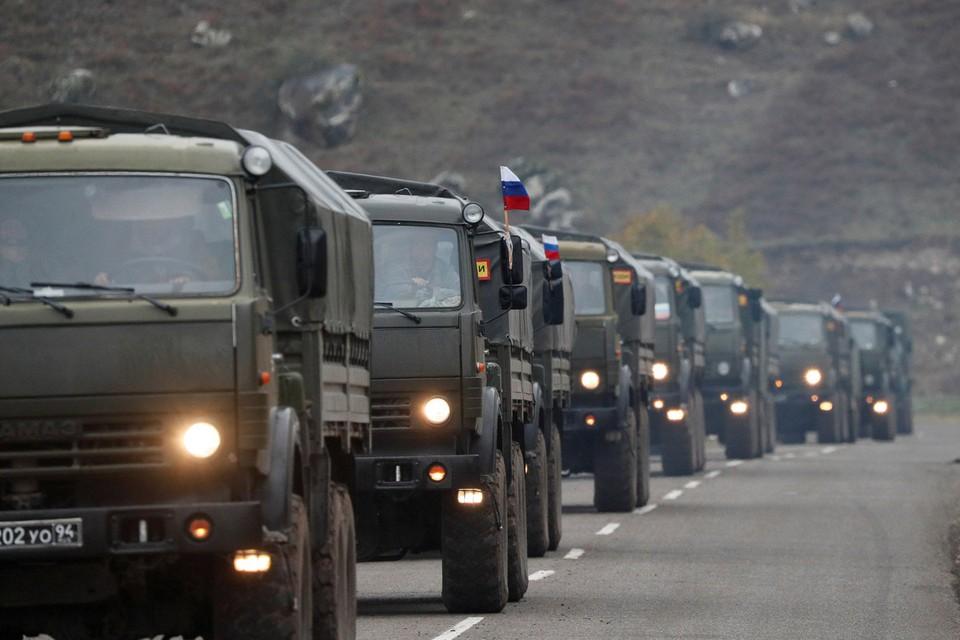 На территории Нагорного Карабаха продолжается развертывание российского контингента миротворческих сил.