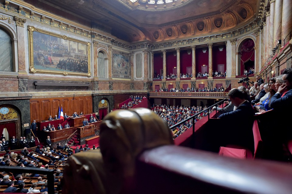 Проект резолюции о признании Карабаха внесли в сенат Франции