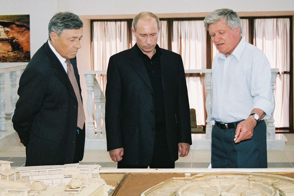 Первооткрыватель Аркаима, отец челябинской археологии и экскурсовод Путина: что известно о Геннадии Здановиче, умершем от коронавируса