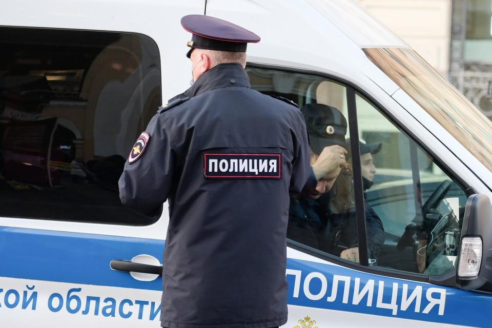 """Полиция освободила жителя Ленобласти, которого избили и изнасиловали """"благотворители""""."""