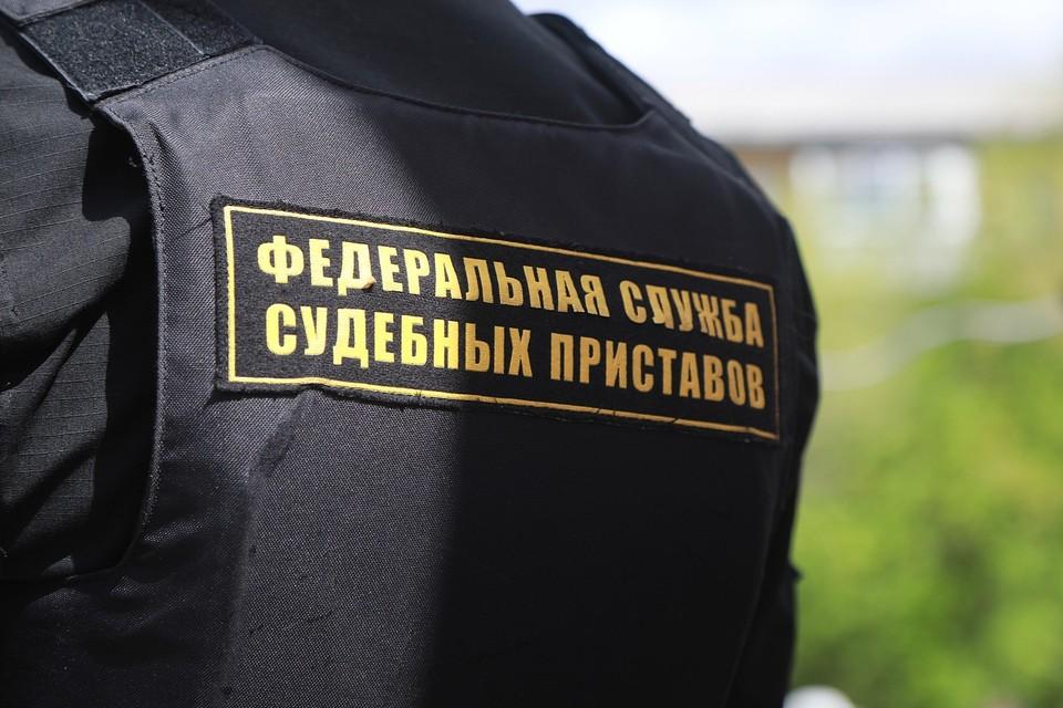 В Красноярском крае приставы пригласили злостного алиментщика на романтическую встречу