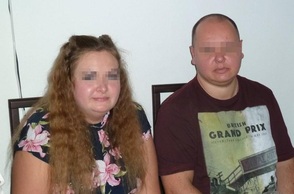 «На работе пять лет сидела, как мышка»: Кассир автосалона украла 32 млн рублей и сбежала вместе с мужем и 7-летней дочкой