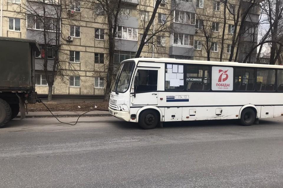 Автобусом управлял водитель без прав