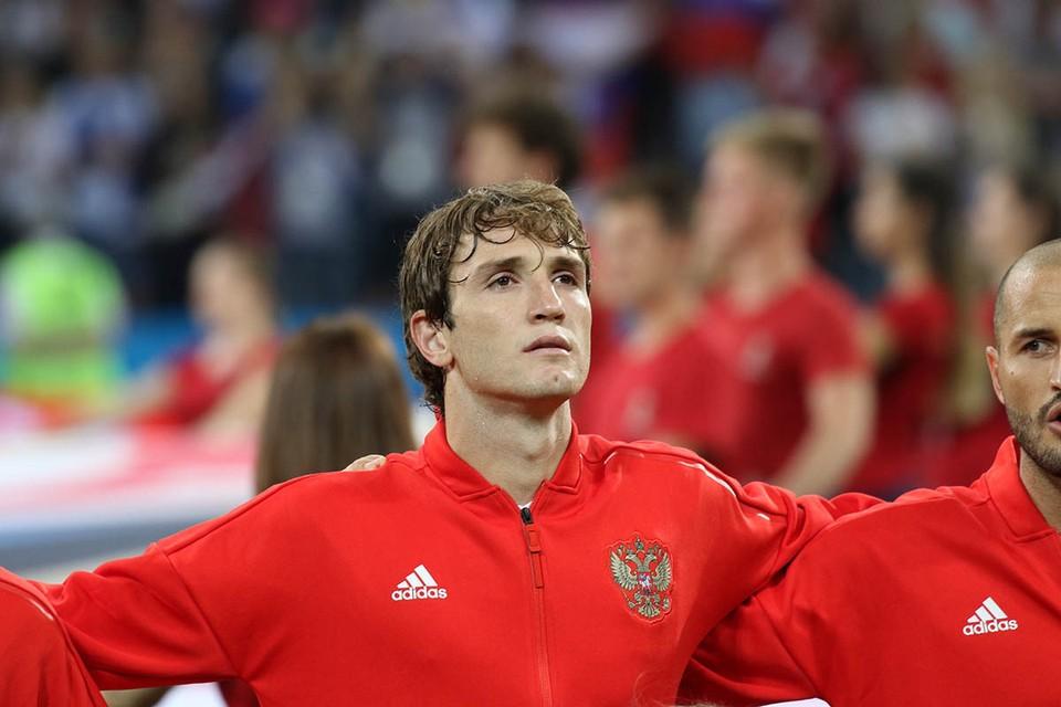 Бразильский защитник ЦСКА Марио Фернандес в интервью «КП» вспомнил чемпионат мира по футболу 2018 года. В нем он принимал участие в составе сборной России, и стал одним из самых значимых ее игроков.
