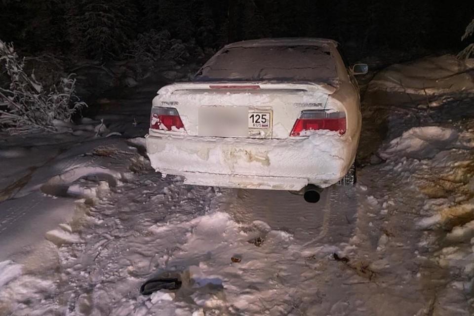 Машину нашли на заброшенной дороге