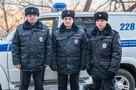«Не бойся, сейчас мы придем»: ребенка, который спасался от страшного пожара на балконе, вытащили из горящей квартиры полицейские в Хабаровске