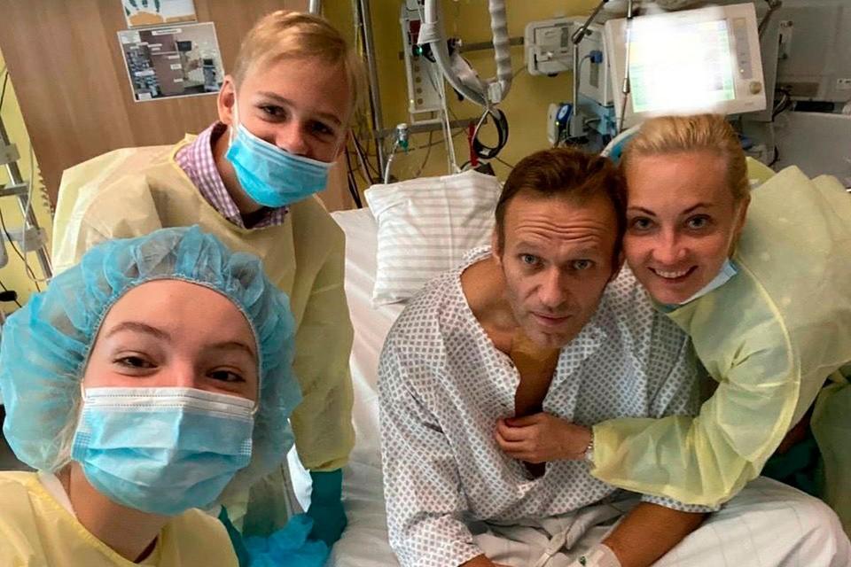 Отчет об отравлении Навального опубликовала берлинская клиника «Шарите» опубликовала в медицинском журнале «Lancet».