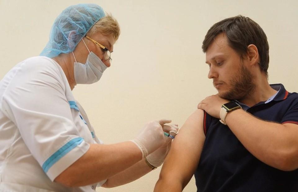 На прививку от коронавируса прийти только по записи не получится