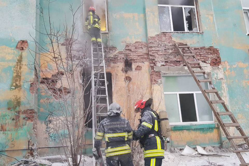Пострадавших при пожаре нет. Фото: пресс-служба ГУ МЧС по МО